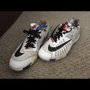 Nike Hyperlive NCS Sneakers